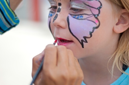 facepainting a butterfly